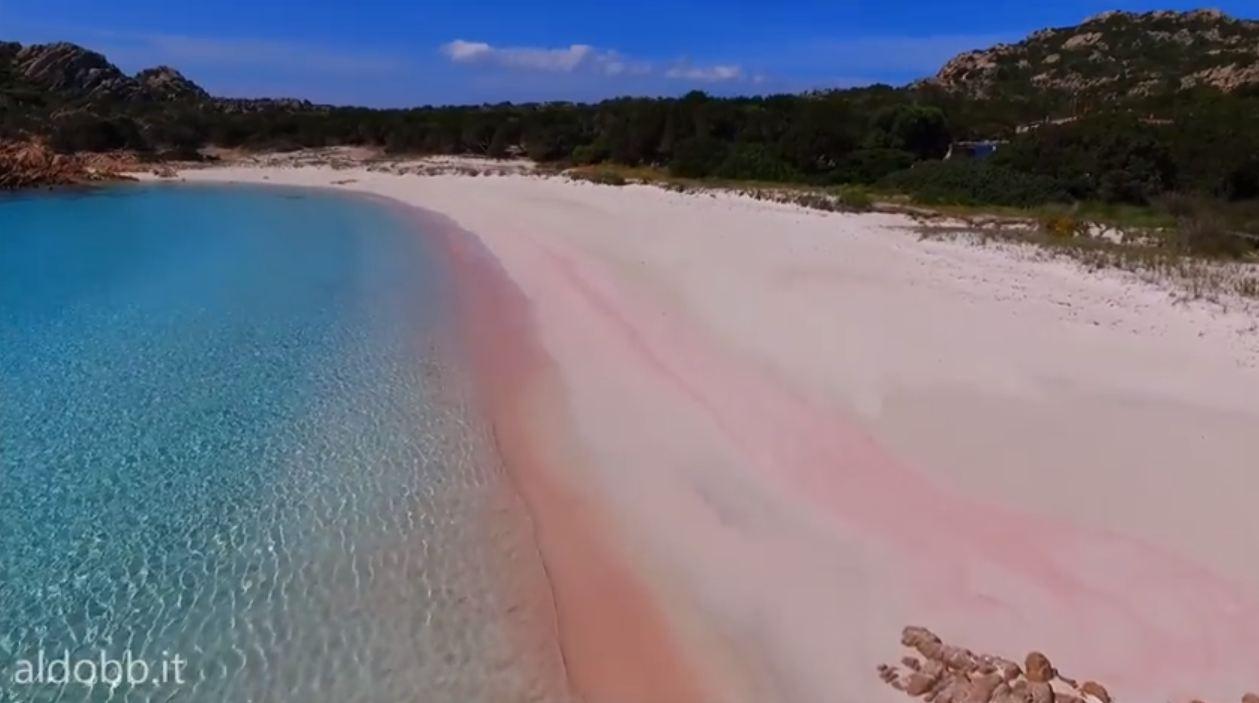 spiaggia-rosa-budelli-drone