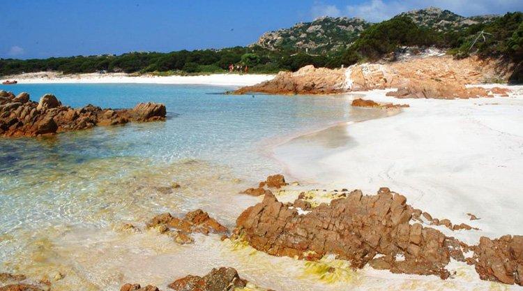 spiaggia-rosa-isola-di-budelli-diventa-pubblica