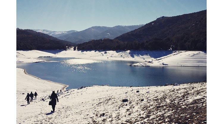 neve-in-sardegna-lago-di-gusana