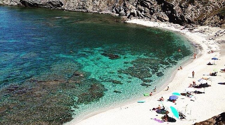 spiaggia-rena-majore-nella-nurra-sassari