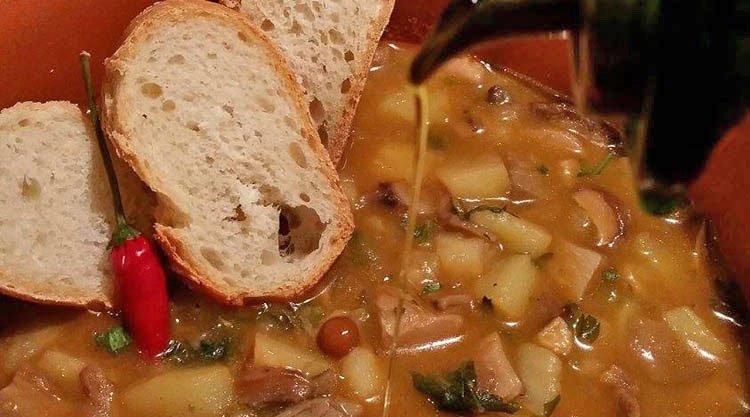 zuppa-funghi-e-patate-ricetta
