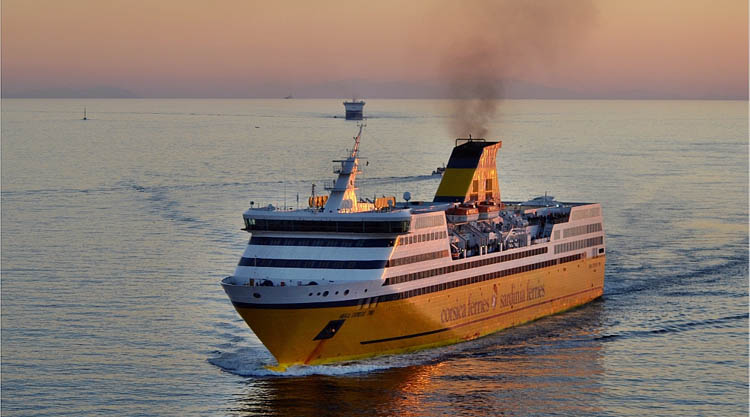Sardinia ferries sconto 40 ai sardi fino al 10 gennaio 2016 for Nave sardegna