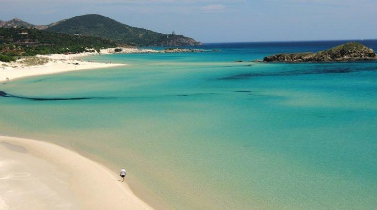 Spiaggia di Chia (Fonte: @i-escape)