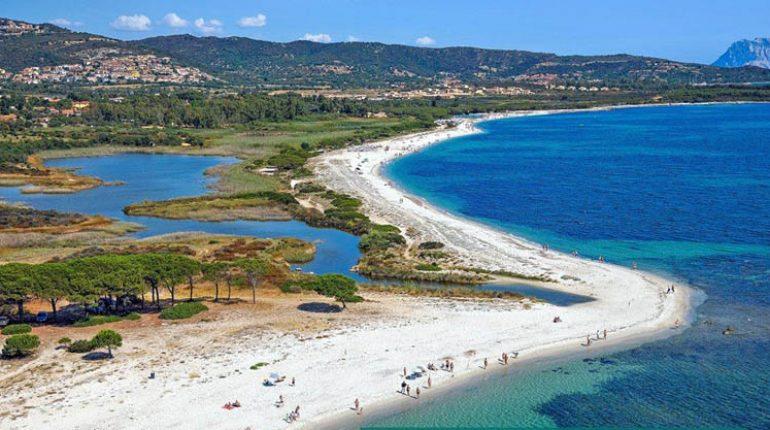 spiagge di budoni sardegna mappe foto e servizi